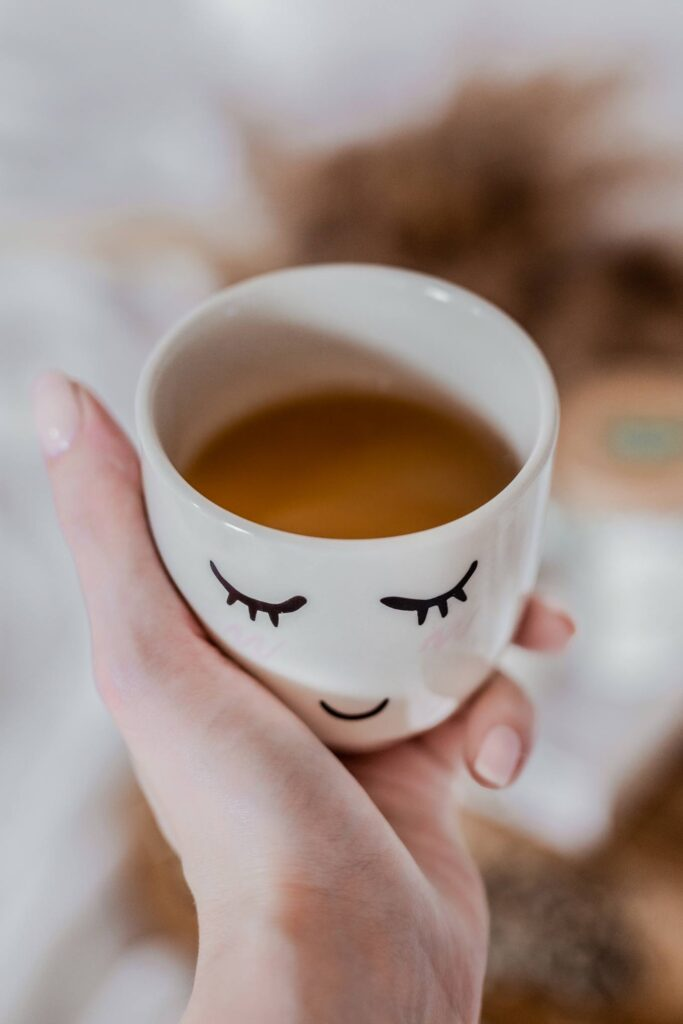 Jaki wpływ na naszą urodę ma picie herbaty? blog uroda 2 683x1024