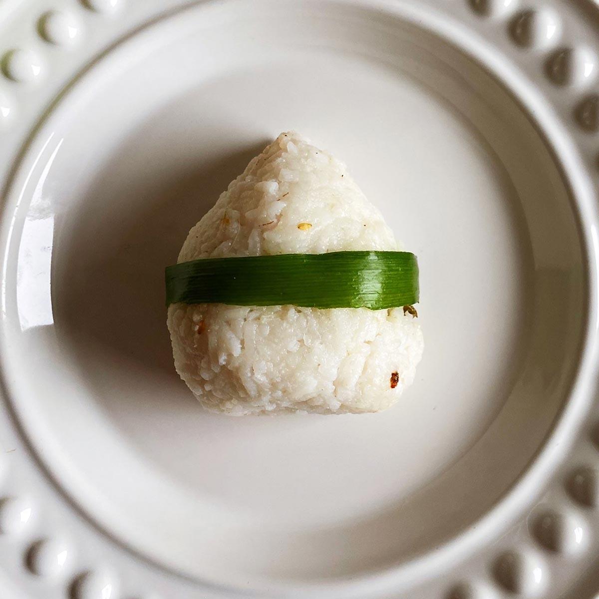 Onigiri po polsku – czyli co doskonale łączy się z zieloną herbatą Kame onigiri